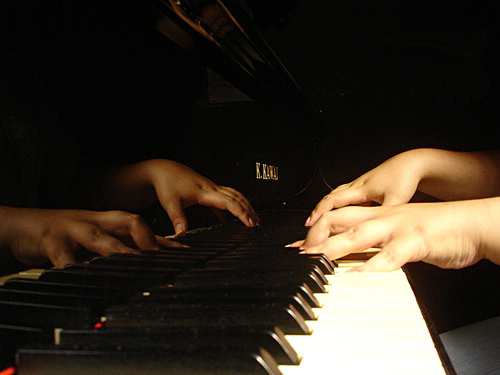 Piano_playing