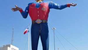 BIG TEX (photo by traveling fools of america).