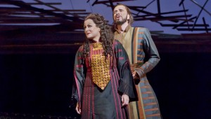 Deborah Voigt and Dwayne Croft in Les Troyens.