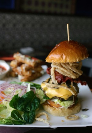 """A high-quality mess"": Orchid City's Downtown Burger. Lee Chastain"