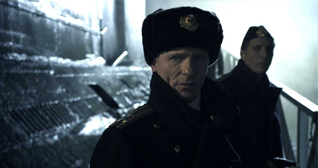 Ed Harris and William Fichtner prepare to shove off in