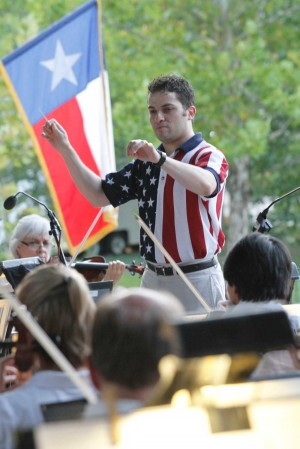 Andrés Franco conducts FWSO, Fri-Sun.
