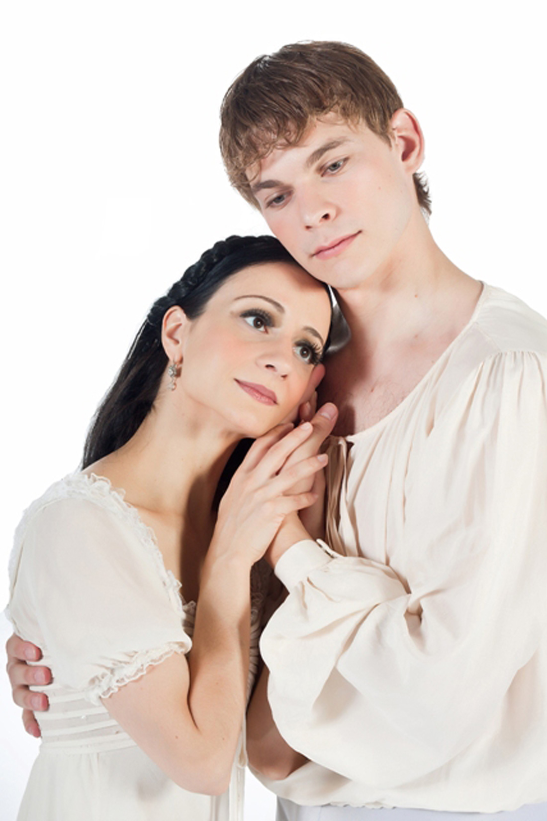Leticia Oliveira and Carl Coomer dance the title roles in TBT's Romeo and Juliet.