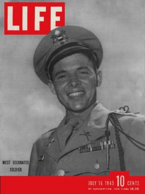 TEXAS FARM BOY TURNED WAR HERO AUDIE MURPHY MADE THE COVER OF LIFE MAGAZINE IN 1945.