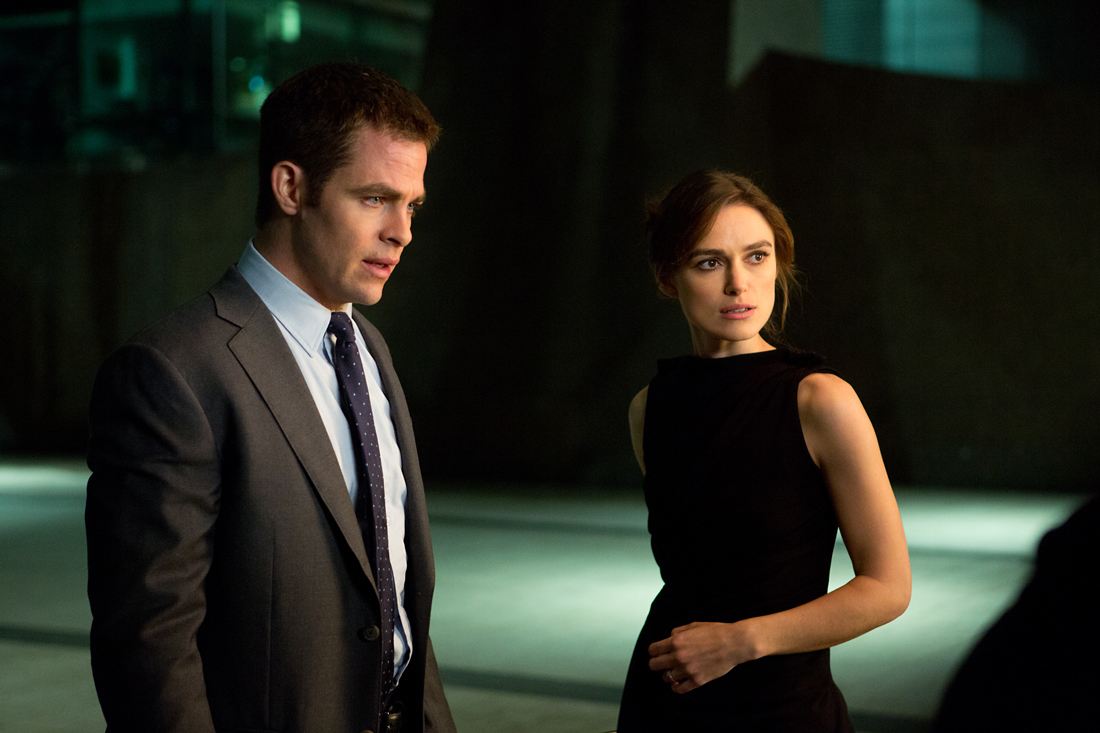 Chris Pine and Keira Knightley prepare for a night on the town with the bad guys in Jack Ryan: Shadow Recruit.
