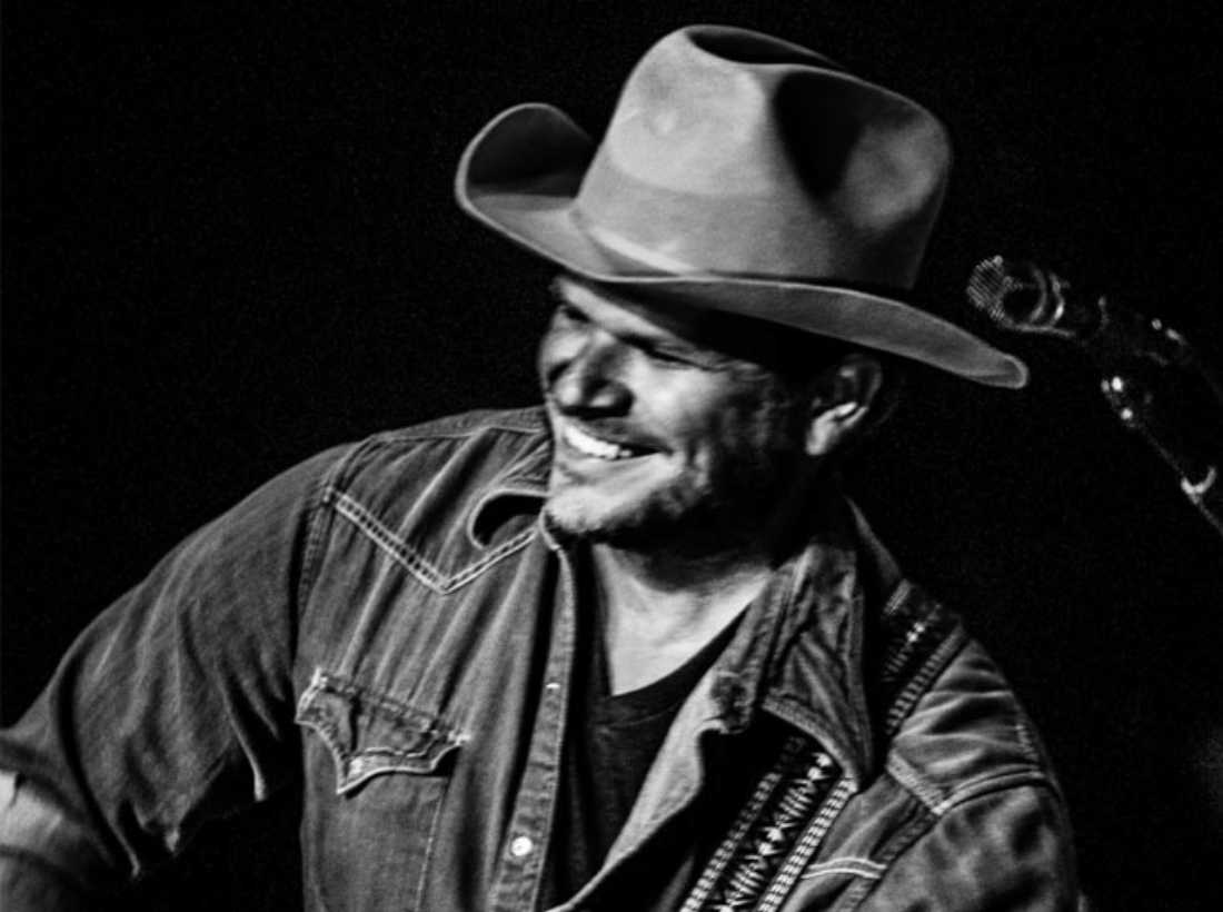 Singer-songwriter Jason Eady's new album throws back to the past for inspiration -- but just how far?