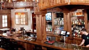 Hooligans Pub, 310 Abrams St, Ste 150, Arlington, 817-274-1232