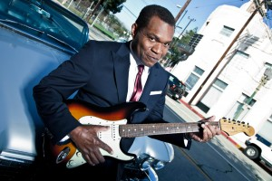 Legendary blues singer and guitar-slinger Robert Cray headlines Main St. Fort Worth Arts Festival this weekend.