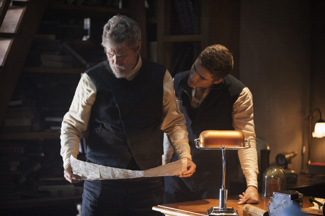 Jeff Bridges shows Brenton Thwaites a way out of their dystopia in The Giver.