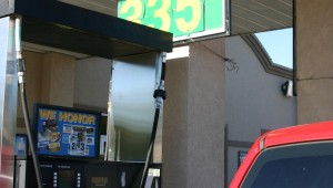 A JACKSBORO HIGHWAY GAS STATION HAS GAS FOR $2.89. (Photo by Jeff Prince).
