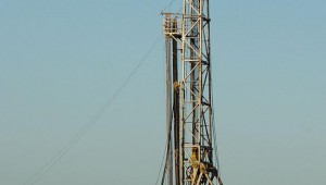 BARNETT SHALE DRILLING OPERATION (courtesy Wikipedia)