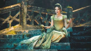 Anna Kendrick ponders what to do on the steps of the palace in Into the Woods.