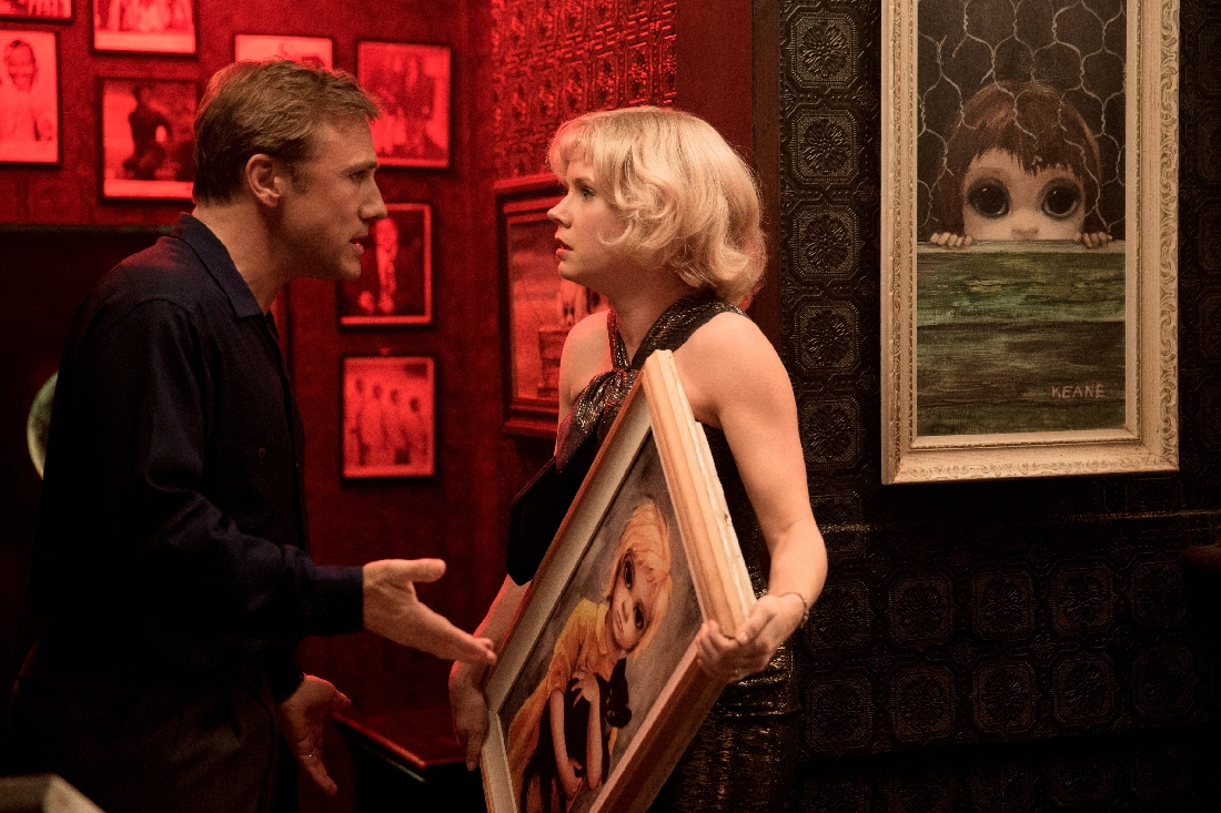 Christoph Waltz bullies Amy Adams into giving up credit for her paintings in Big Eyes.