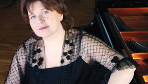 Dina Yoffe plays Chopin and Scriabin at Piano Texas, Sat.