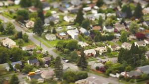 suburb-82172870
