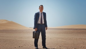 "Tom Hanks dresses for business and not the weather in ""A Hologram for the King."""