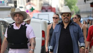 Edgar Garcia and Luis Guzman pose as drug kingpins in Puerto Ricans in Paris.