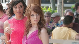 Aubrey Plaza and Anna Kendrick scam a free Hawaiian vacation because Mike and Dave Need Wedding Dates.