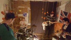 MUSIC_Dead-Singers